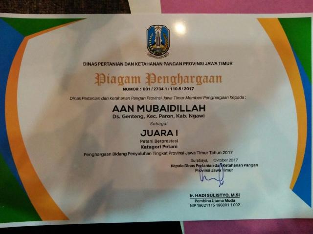 Aan Mubaidillah Terima Penghargaan Sebagai Petani Berprestasi Jawa Timur