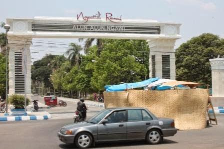 Alun – alun Merdeka atau Ngawi Ramah?