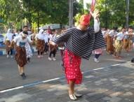 Ahad Enjing Gerakan Bersarung Nusantara 2016