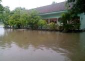 Mau Terus Berlangganan Banjir ?