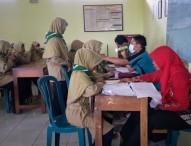 Penjaringan Kesehatan di SMP Mulia