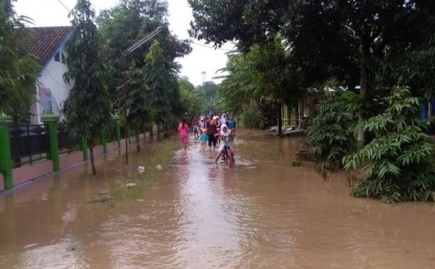 Banjir (lagi) Tak Bisakah Berhenti?