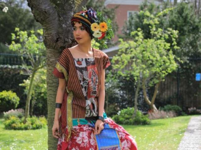 batik-motif-tiga-daun