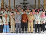 UGM Serah Terimakan 115 Mahasiswa KKN PPM di Ngawi
