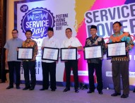 Bupati Ngawi Raih Penghargaan WOW Public Service Excellence Award 2017