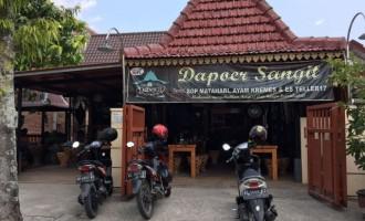 Dapoer Sangit Ngawi, Menu Asyik Rasa Selangit