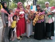 Ngawi Baby Weares Ajak Masyarakat Gendong Bayi Sesuai Anatomi Tubuh