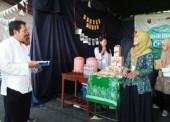 Forsmawi Suguhkan Produk Khas Ngawi dalam Unesa Art nd Culture Festival