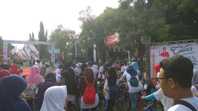 Suasana Gowes Pencanangan Hari Bersepeda Nasional di Ngawi. Foto-Taufiqurrohman