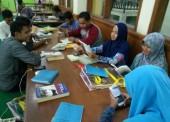 Aktifkan Gerakan Literasi, Mahasiswa IAI Ngawi Kunjungi Perpustakaan UNS