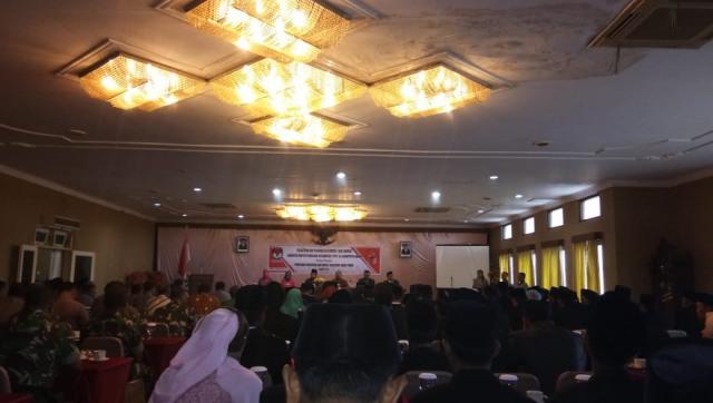 Pelantikan PPK Ngawi Rabu (22/11)  di Hotel Sukowati. PPK Ngawi Diharapkan Bertugas dengan Baik dan Profesional dalam Bekerja. Foto-KampoengNgawi.com/Alfa