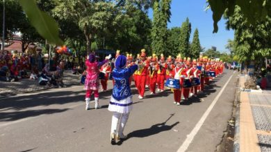 Photo of Meriahnya Parade Drumband Madrasah se-Kabupaten Ngawi
