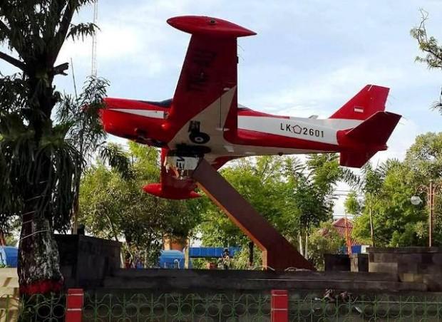 Ada Pesawat Tempur Marchetti di Taman Sukowati Ngawi