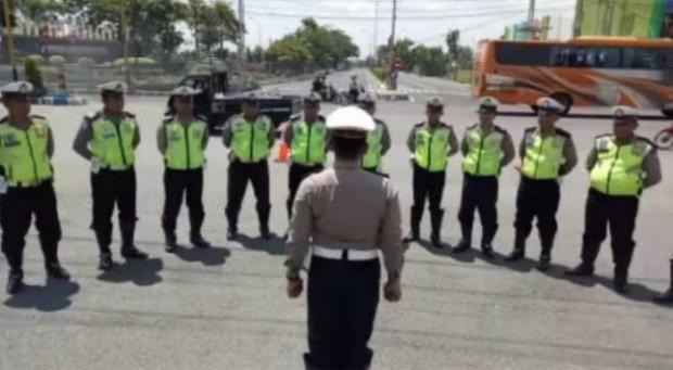Yel Semangat Pagi Polres Ngawi – Polisi Ramah Bersemangat