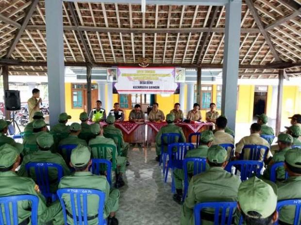 Anggota Linmas Desa Dero Ikuti Pembinaan Dari Tim Kecamatan Bringin