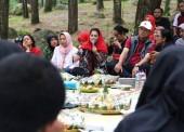 """Blusukan ke Pasar Sampai """"Bancakan"""" di Wisata Ngawi Dilakukan Calon Wagub Jatim 2018"""