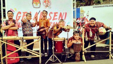 Photo of Grup Musik Al Barokah Ngawi Berkarya Seni dengan Alat Sederhana dan Seadanya