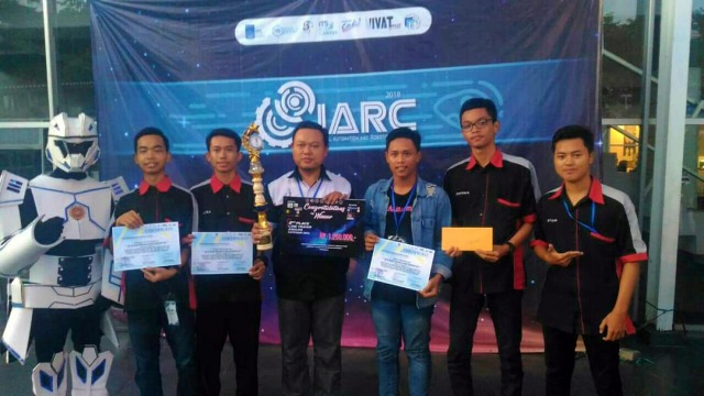 Tim Skansa Ngawi raih Juara 2 Tingkat SMA/SMK Robot Nasional, Industrial Automation and Robotic Competition (IARC 2018), Minggu (08/04). Foto-Dok. SkansaNgawi
