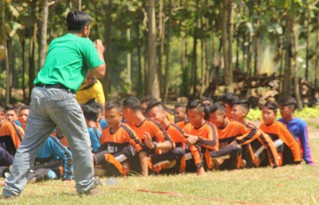 Outbound SMP Muhammadiyah 5 Ngawi di Taman Candi, Sabtu (12/05). Foto-Istimewa