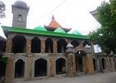 Masjid Batu Unik di Desa Gerih