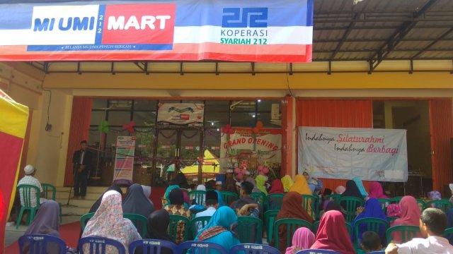 Suasana Grand Opening MI UMI Mart Ngawi, Jl. A. Yani No. 108. Foto- Istimewa/Tq