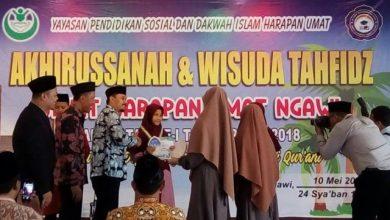 Photo of 26 Santri Angkatan Pertama SMPIT Harum Ngawi Diwisuda