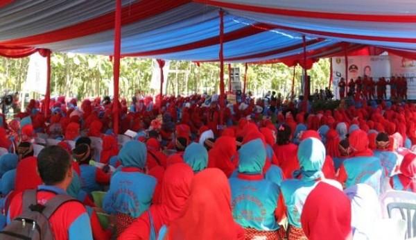Jambore Kader KB dan Peringatan Hari Keluarga Nasional (Harganas) 2018 Kabupaten Ngawi, Senin (09/07/2018) di Taman Candi. Foto-Istimewa