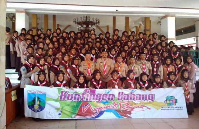 Ony Anwar Melepas 200 Pramuka Ngawi ikuti Festival Wirakarta Kampung Kelir Pramuka 2018 Zona Magetan, Kamis (05/07/2018). Foto-Istimewa