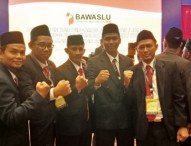 Lima Komisioner Bawaslu Ngawi Dilantik di Jakarta