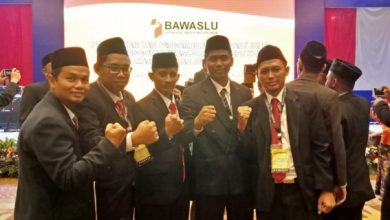 Photo of Lima Komisioner Bawaslu Ngawi Dilantik di Jakarta