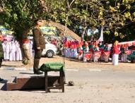 Marching Band Bahrul Amiq Semarakkan Upacara Bendera HUT Ke-73 RI di Waduk Pondok