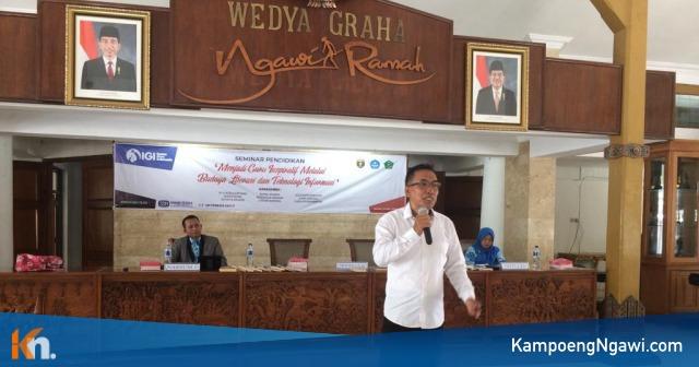 Agus Supriyono, Kepala Sekolah Berprestasi Nasional 2018 saat mengisi seminar pendidikan, Selasa (20/11/2018). Foto-Istimewa