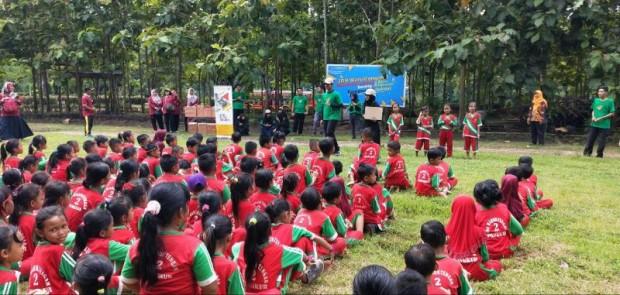 Serunya Ratusan Siswa SDN Waruktengah 2 Belajar Sambil Bermain Di Taman Candi