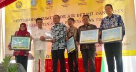 Kementerian ESDM Salurkan Bantuan Sumur Bor Air Dalam dan PJU-TS di Ngawi