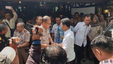 Photo of Emil Dardak Bersama Kepala Barantan dan Pemda Ngawi Melepas Produk Pertanian ke 82 Negara
