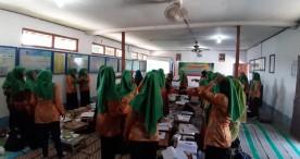 Puluhan Guru Kelompok Bermain Kecamatan Kwadungan Ikuti Workshop Penyusunan Perangkat Pembelajaran PAUD