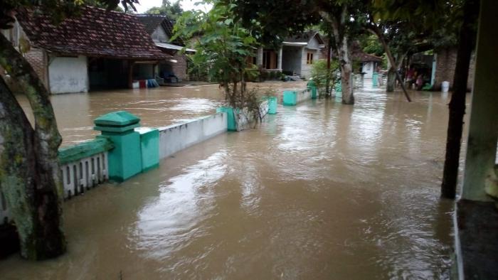 Kondisi Banjir di wilayah kecamatan Pangkur, Kamis (07/03/2019). Foto-KampoengNgawi.com/mkb