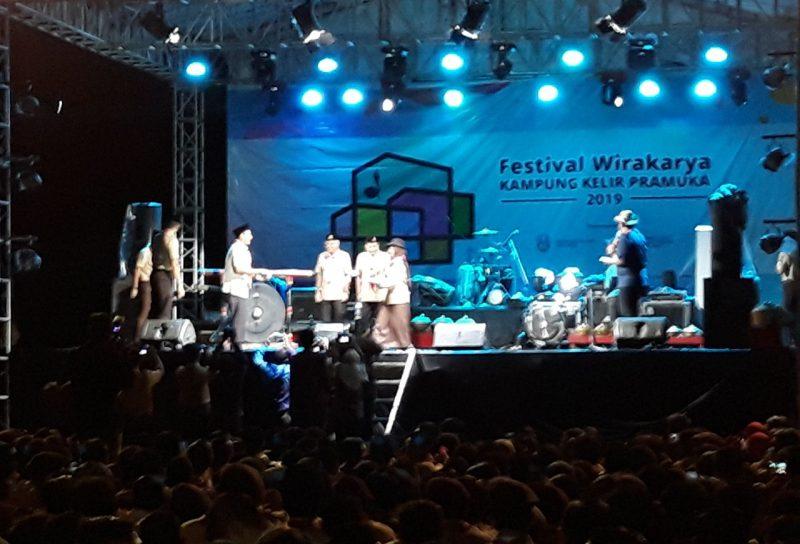 Wakil Bupati Ngawi, Ony Anwar membuka Festival Wirakarya Kampung Kelir Pramuka 2019 Zona 9, Selasa (19/03/2019). Foto-KampoengNgawi.com/Voe