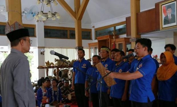 Bupati Ngawi Melantik 48 Pengurus Karang Taruna Kabupaten Periode 2019-2024