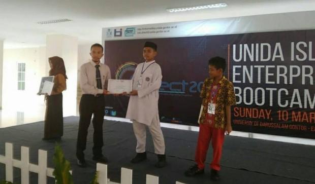 Siswa SMP Luqman Al Hakim Ngawi Borong Juara Darussalam Informatics Engineering Competition 2019