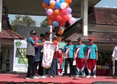 Gebyar Guru dan Siswa Raudhatul Athfal Ngawi Tahun 2019 Dibuka dengan Pelepasan Balon oleh Bupati