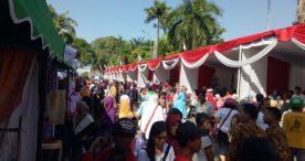 Sembako Paling Banyak Diborong Pengunjung Pasar Murah Ngawi 2019