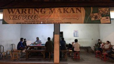 Photo of Warung Makan Pak Ri Hanya Buka Tengah Malam