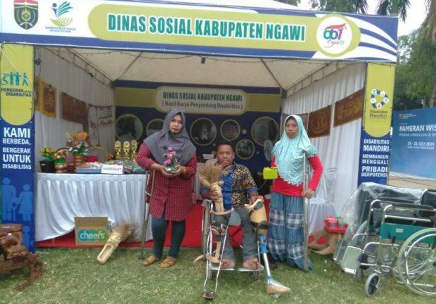Penyandang Disabilitas Ikut Dalam Pameran Produk Unggulan Ngawi