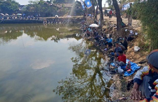 Ratusan Pemancing Meriahkan Lomba Mancing Bawal di Embung Skip Ngawi