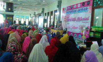 Oki Setiana Dewi Ajak Masyarakat Ngawi Membangun Generasi Milenial Sesuai Islam