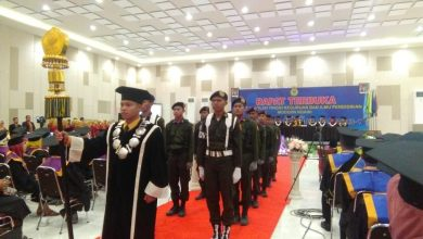 Photo of Pemerintah Kabupaten Ngawi Apresiasi Wisuda Perdana STKIP Modern Ngawi