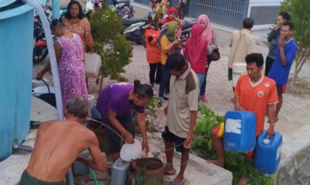 Forum Latker Kecamatan Ngawi Distribusikan Air Bersih ke Tujuh Lokasi Kekeringan