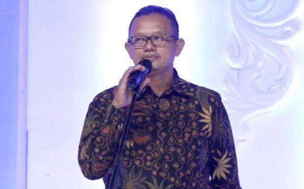 Disparpora Ngawi Secara Resmi Membuka Ngawi Batik Fashion 2019