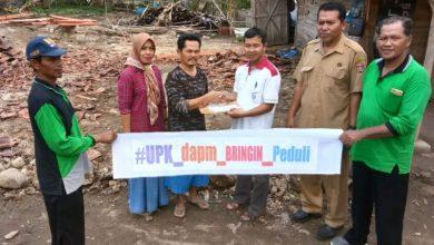 Photo of DAPM Bringin Serahkan Bantuan Uang Tunai Kepada 3 Pemilik Rumah Terdampak Puting Beliung